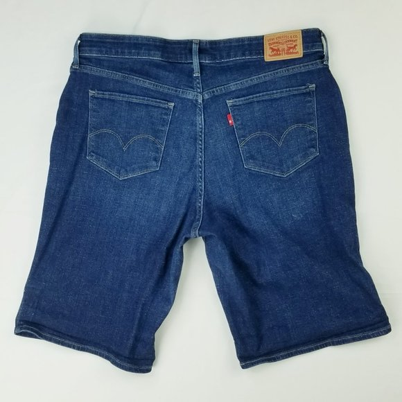 Levi's 18W Women's Blue Denim Jean Shorts